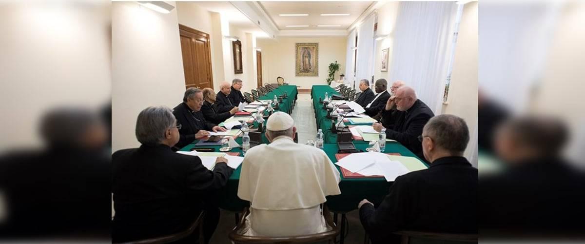 Vaticano: Conselho dos Cardeais declara apoio total ao Papa Francisco