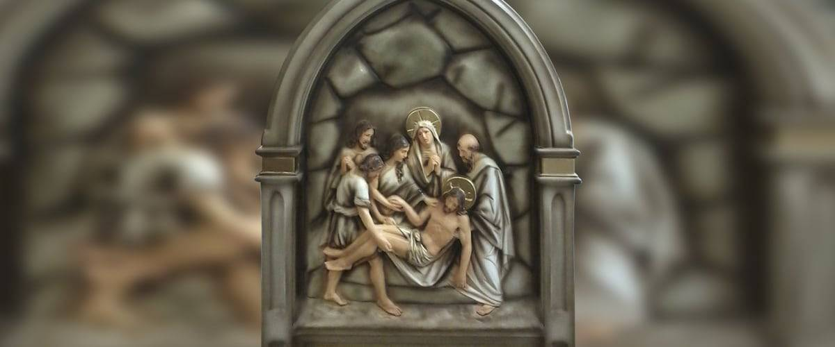 A oração piedosa da Via Sacra durante a Quaresma