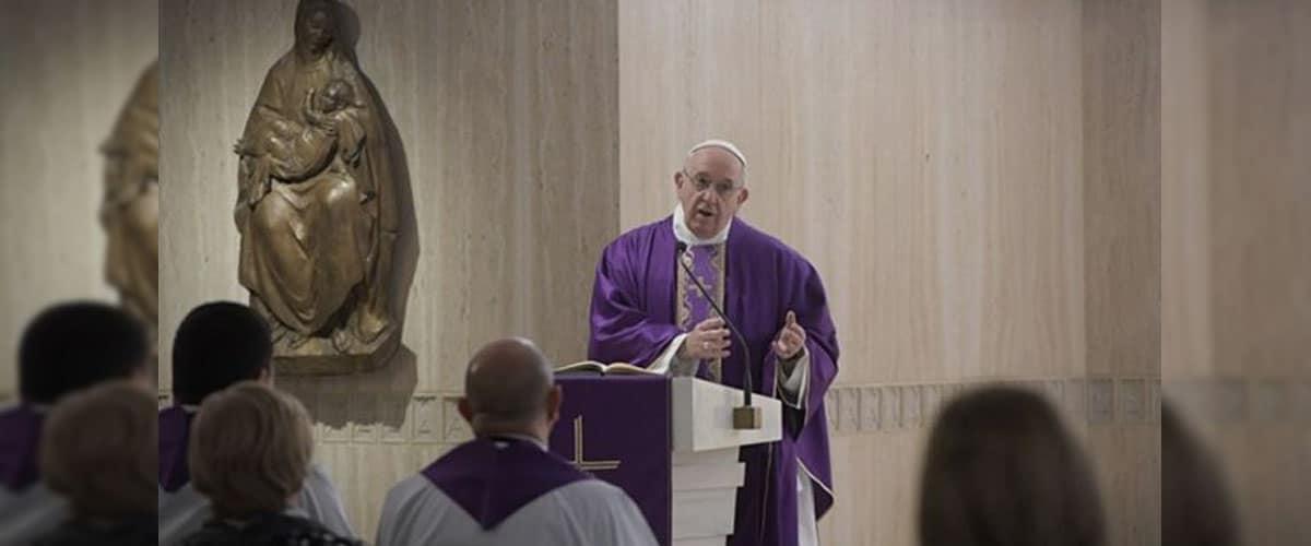 Papa Francisco: aprender a fazer o bem com ações concretas, não com palavras