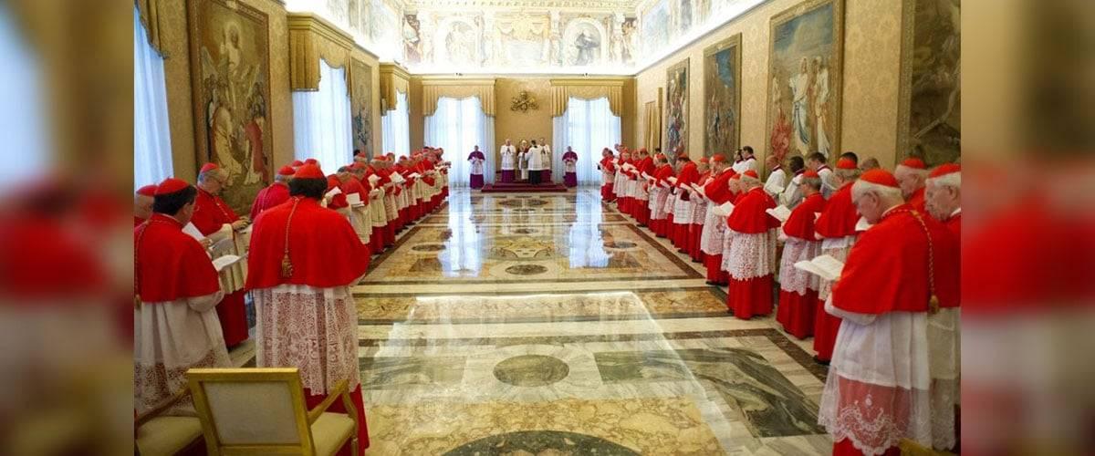 Papa convoca consistório para o voto sobre algumas causas de canonização