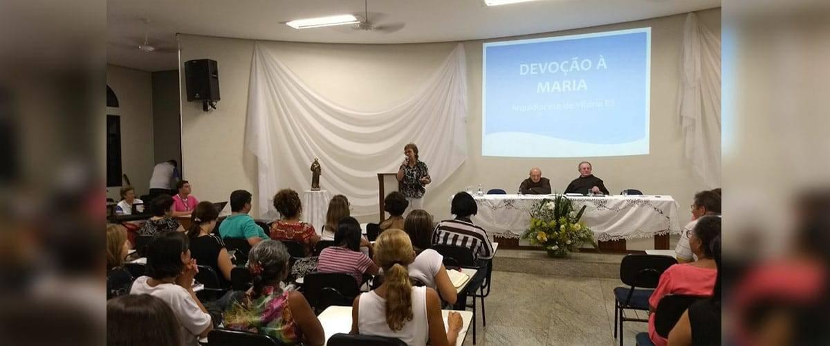 Festa da Penha: Simpósio Mariano marca primeiro dia de programação noturna