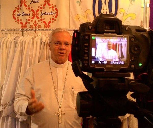 Bispos fazem suas homenagens aos 25 anos da CORDIS