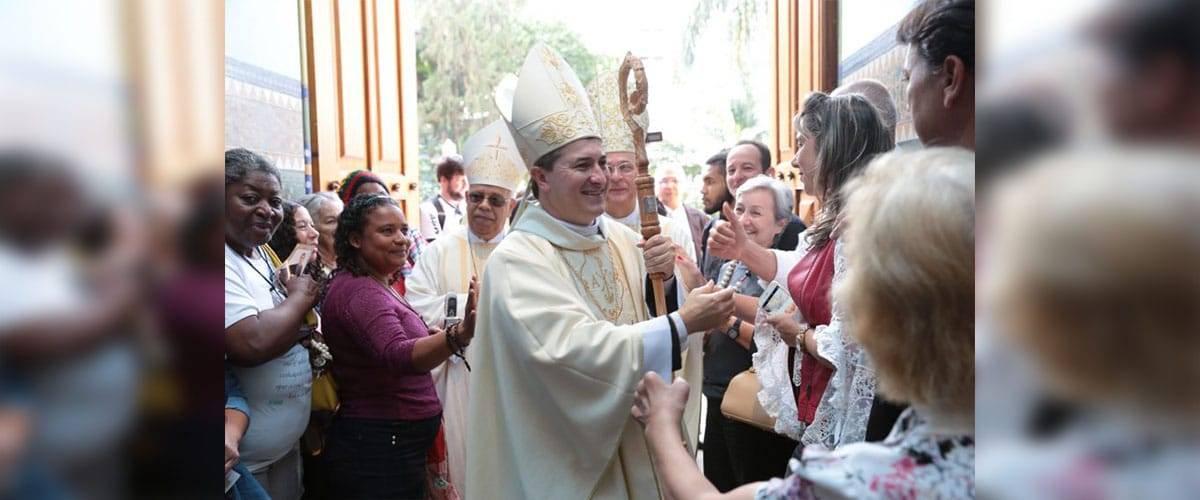 Dom Vicente Ferreira é ordenado novo bispo auxiliar da Arquidiocese de BH