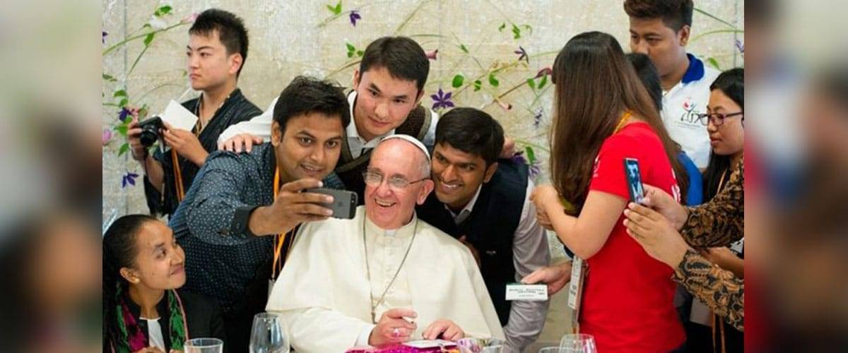 Jovens, saiba como colaborar com o Sínodo dos Bispos de 2018