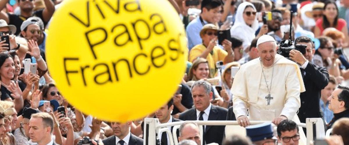 Papa propõe uma 'sã inquietude' para os jovens