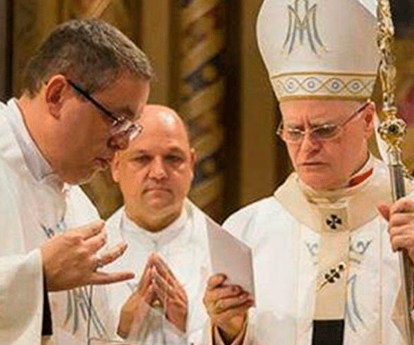 Paramentos Comemorativos para os 220 anos da Paróquia Nossa Senhora da Consolação - Arquidiocese de São Paulo
